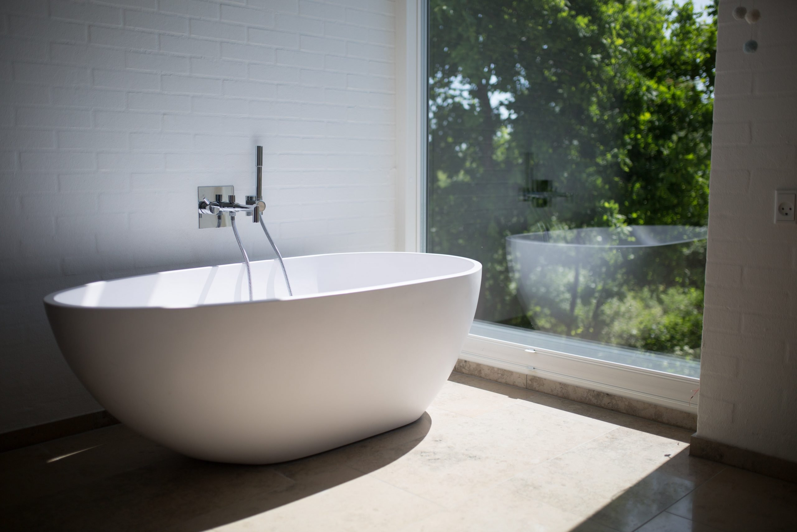 Bath routines to prevent skin drying out