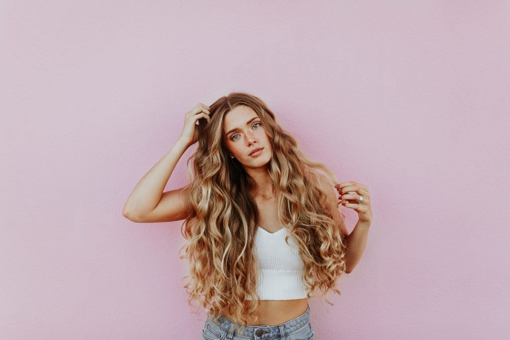 How To Get Wavy Hair Without Heat