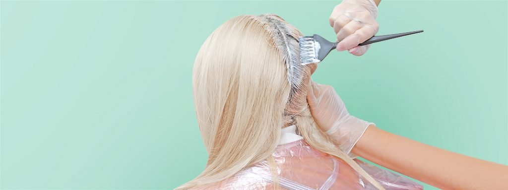 Scalp Bleach Application: The Dos, the Don'ts, and the Nevers